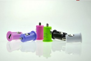 mini-car-charger-300x200